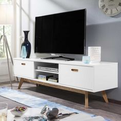 ber ideen zu tv lowboard auf pinterest tv. Black Bedroom Furniture Sets. Home Design Ideas