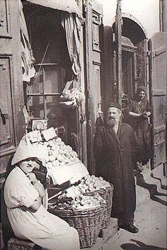 Warsaw, Mostowa Street comer of Freta Street, 1937.