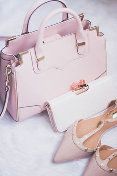 Small shoulder bag woman cheap daytime outfit For other models, you can visit … Cute Purses, Trendy Purses, Purses And Handbags, Prada Handbags, Handbags Online, Cheap Handbags, Satchel Handbags, Luxury Handbags, Cute Bags