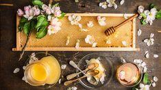 ygeiamou | Το αξιόπιστο site για την Υγεία, τη Διατροφή και την Ευεξία Honey Pictures, Rustic Food Photography, Honey Brand, Rustic Background, Honey Recipes, Dessert Drinks, Dipper, Organic Recipes, Food Art