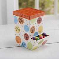 Easy dots for a kids camp project!  Add a pack of candy to go with it!