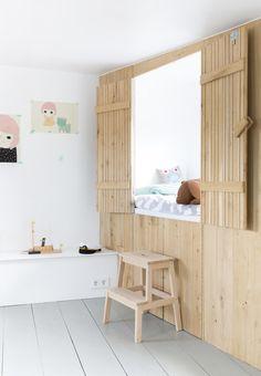 Styling Barbare Natzijl | Photographer Margriet Hoekstra | nursery cupboardbed