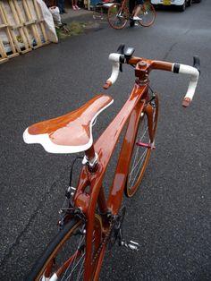 Wooden racing bike by Sueshiro Sano