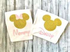 Mommy and daddy minnie and mickey mouse shirts, pink gold minnie mickey mouse shirt, mickey mouse daddy shirt, mommy and daddy disney shirts Minnie Y Mickey Mouse, Mickey Mouse Shirts, Disney Shirts, 1st Birthday Parties, 2nd Birthday, Birthday Outfits, Minne, Pink And Gold, Daddy Shirt