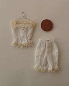 1:12 camisole, bloomers and hangers - Amber's House: handmade