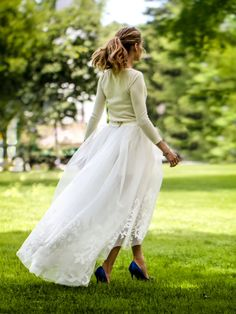 Married in cashmere... Only Olivia Palermo