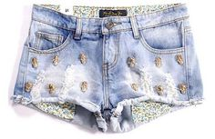 Short Jeans Claro Caveira - Azza Boutique - $119.90