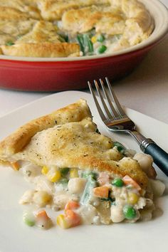 Made with simple ingredients you probably already have in your pantry, this Easy Vegetable Pot Pie can be on the table for dinner in under an hour
