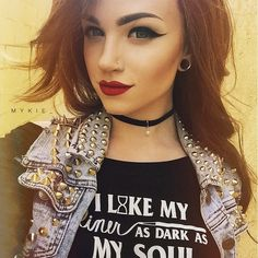 She and her makeup are gorgeous, and I love her style.