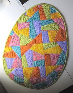 CRAZY STEPPELT Easter Egg asztali futó ragyogó tavaszi színek sok hímzés