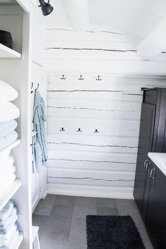 Bad på hytte – før/etter | Nr14 Interiørhjelp Dresser, Hemnes, Interior, Ikea, Diy, Furniture, Design, Home Decor, Powder Room