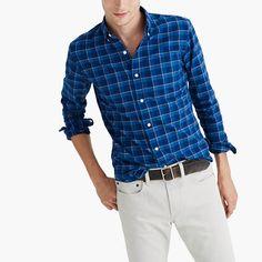 Few shirts age better than an oxford. The frays, the fades—these are the kinds of details we love. We selected this plaid because it can—and will—hang with your old favorites. <ul><li>Slim fit.</li><li>Cotton.</li><li>Button-down collar.</li><li>Machine wash.</li><li>Import.</li><li>Online only.</li></ul>
