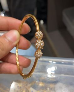 Gold Ring Designs, Gold Bangles Design, Gold Earrings Designs, Gold Jewellery Design, Designer Jewellery, Gold Bracelet For Women, Gold Bracelet Indian, Indian Gold Bangles, Gold Bangles For Women