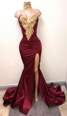 Gorgeous Burgundy Mermaid Prom Dresses Gold Lace Appliques Side Slit Evening Gowns