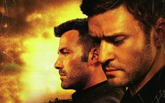 Runner, Runner has debuted its first trailer and the Ben Affleck and Justin Timberlake drama looks promising. Timberlake is a grad. Ben Affleck, Justin Timberlake, Runner Runner Movie, Ryan Seacrest, Movie Trailers, New Movies, Classic Movies, Super, Thriller