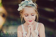 Beautiful headband from Gracylu Originals. Photo by Simplicity Phogtography Little Girl Pictures, Toddler Pictures, Kid Pictures, Kid Photos, Girl Photography, Children Photography, Photography Ideas, Simplicity Photography, Hair Wreaths