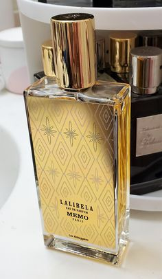 Perfume Scents, Perfume And Cologne, Perfume Bottles, Parfum Paris, Perfume Collection, Smell Good, Manicure And Pedicure, Scented Candles, Body Lotion