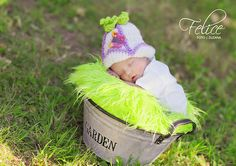 Zvonek Baby Hats, Slippers, Shoes, Fashion, Moda, Zapatos, Shoes Outlet, Fashion Styles, Slipper