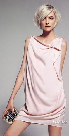 Timeless Style / Cascading dress in pink by Mango My Hairstyle, Cute Hairstyles, Popular Short Hairstyles, Hairstyle Ideas, Short Hair Cuts, Short Hair Styles, Short Pixie, Glamorous Chic Life, Vestidos Color Rosa
