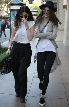 Kylie and Kendall Jenner outfits.
