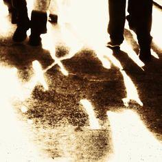 Sombras como kilómetros, por Abraham Coco y Pablo de la Peña (foto), en Diafragma 183, su blog en FronteraD