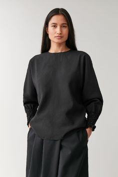 COS Detail A-Line Top– Google Поиск Cos Tops, Black Tops, Long Sleeve Tops, Women Wear, High Neck Dress, Clothes For Women, Elegant, My Style, Sleeves