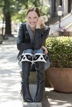 If you are enchanted by panda bears, you will love wearing these crochet boot cuffs. Place them around the top edge of your boots to keep out the cold and add a touch of whimsy!