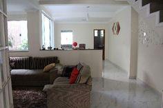 Casa Duplex com quintal grande. 2 suites mais 1 quarto de solteiro. Bairro São Pedro