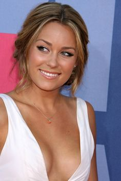 Lauren Conrad - 2008 MTV Video Music Awards Arrivals