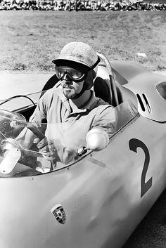 Jo Bonnier, Porsche 718, Flugplatzrennen, Zeltweg Airfield, Austria, September 17, 1961 (3rd).