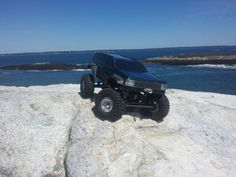 My hand made, all aluminum R/C crawler. The ZJ -10 on it's first crawl!