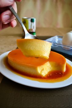 The World's Best Baked Flan Recipe - One Chopping Board.This is a bit different Flan Brownie Desserts, Oreo Dessert, Mini Desserts, Just Desserts, Delicious Desserts, Yummy Food, Custard Desserts, Baking Recipes, Cake Recipes