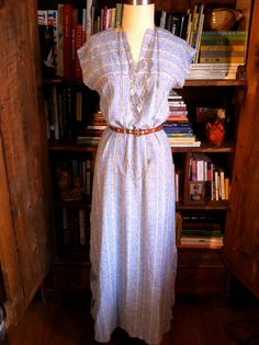 Ooh dream weaver, I believe you can get me through the night . This versatile maxi dress is great for everyday, a summer concert, the beach or on a date. Belt it up or wear it straight. Think about the fashionable hippie chic who wore this and made is look fabulous. It's now your turn... $34.00