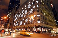 Saks Fifth Avenue, New York City