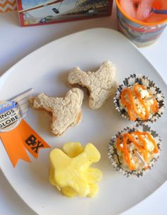 Disney Planes Movie Night with Plane Inspired Foods Disney Planes Party, Planes Movie, Disney Inspired Food, Disney Food, Planes Birthday, 4th Birthday, Birthday Ideas, Toddler Meals, Kids Meals