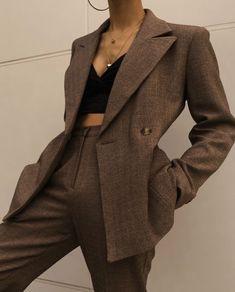 Chaqueta doble otoño - Home Decor ideas &Home Garden & Diy 80s Fashion, Look Fashion, Korean Fashion, Fashion Outfits, Fashion Trends, Fashion Pants, Classic Fashion, Fashion 2020, French Fashion