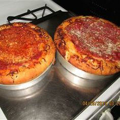The Real Chicago Deep Dish Pizza Dough Recipe - İnteresting Dishes Deep Dish Pizza Pan, Deep Dish Pizza Recipe, Pizza Recipes, Cooking Recipes, Sauce Pizza, Pizza Dough, Crust Pizza, Pizza Pizza, Good Pizza