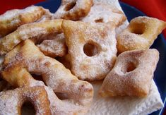 Boží milosti Beignets, Onion Rings, Mini Cakes, Christmas Baking, Apple Pie, Doughnut, Sweet Recipes, Ham, Goodies