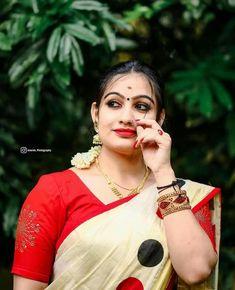 Malayalam Actress, India Beauty, Beauty Women, Sari, Actresses, Blouses, Big, Fashion, Saree