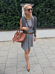 Best Clothing Styles For Women Over 50 - Fashion Trends Over 50 Womens Fashion, 50 Fashion, Fashion Over 40, Fashion Tips For Women, Work Fashion, Fashion Outfits, Fashion Trends, 50 Style, Preppy Style