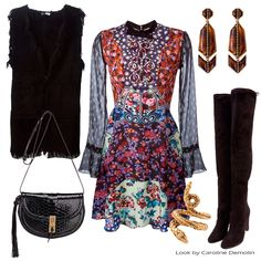 Estampando a vida! Veja post completo em www.carolinedemolin.com.br #personalstylist #personalstylistbh #consultoriademoda #consultoriadeimagem #imagem #identidade #moda#fashion #fashionblogger #estilo #style #trend #tendencias #looks #lookdodia #lookoftheday #shoes #bags #acessorios #lovebags #loveshoes #parosh #marykatrantzou #aquazzura #schutz #aureliebidermann #lool www.carolinedemolin.com.br