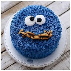 """How to make a delightful furry cake (hairy pies) - The """" How """" of things - cakes Cute Cakes, Pretty Cakes, Awesome Cakes, Cookie Monster Party, Character Cakes, Cookies Et Biscuits, Cake Cookies, Buttercream Cake, Themed Cakes"""