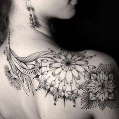 best half sleeve tattoos ever Trendy Tattoos, Popular Tattoos, Sexy Tattoos, Unique Tattoos, Body Art Tattoos, Girl Tattoos, Tattoos For Guys, Woman Tattoos, Tattos