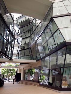 LaSalle College of the Arts - RSP Architects Unique Architecture, Futuristic Architecture, Interior Architecture, Morphosis Architecture, Best Interior Design, Luxury Interior, Interior Doors, Modern Buildings, Beautiful Buildings