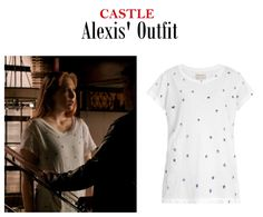 "October 21, 2014 @ 10:31 pm Molly Quinn as Alexis Castle in Castle - ""Child's Play"" (Ep. 704). Alexis' Tee: Current/Elliott The Crew Star Print Neck Tee $118 here 