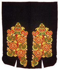 FolkCostume&Embroidery: East Telemark, Norway, socks and shoes for Raudtroje and Beltestakk Folk Costume, Costumes, Folk Embroidery, Bridal Crown, Norway, Wedding Jewelry, Textiles, Socks, Folklore