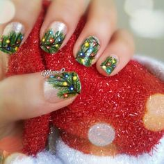 Special Nail Art Designs to Inspire Your Winter Mood – T Loading. Special Nail Art Designs to Inspire Your Winter Mood – T Christmas Tree Nail Art, Holiday Nail Art, Christmas Trees, Xmas Nail Art, Snowflake Nail Art, Green Christmas, Christmas Nail Art Designs, Winter Nail Designs, Fancy Nails