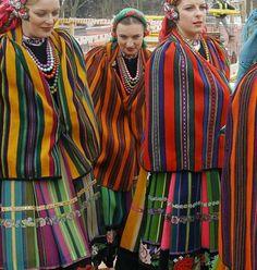 Strój mazowiecki - Folk Costumes from Mazovia, Poland: Polish Clothing, Folk Clothing, Clothing And Textile, Art Costume, Folk Costume, Costumes, Traditional Fashion, Traditional Dresses, Poland Costume