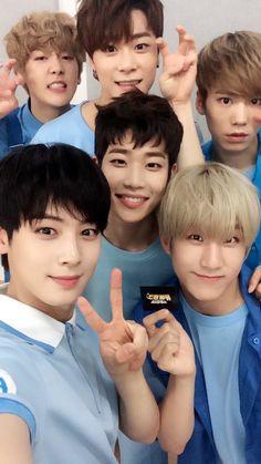 Imagine astro, sanha, and kpop Astro Eunwoo, Cha Eunwoo Astro, Cha Eun Woo, Korean Bands, South Korean Boy Band, Astro Banda, K Pop, Kim Myungjun, Jinjin Astro