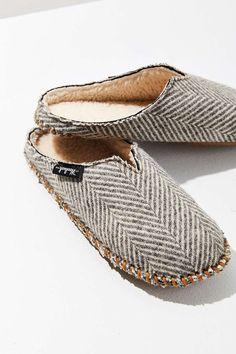Woolrich Wool Herringbone Mill Scuff Slipper - Urban Outfitters